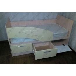Детская кровать  Дельфин 1,8 ваниль